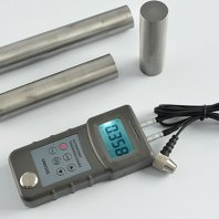UM6500 Ultrasonic Thickness Gauge